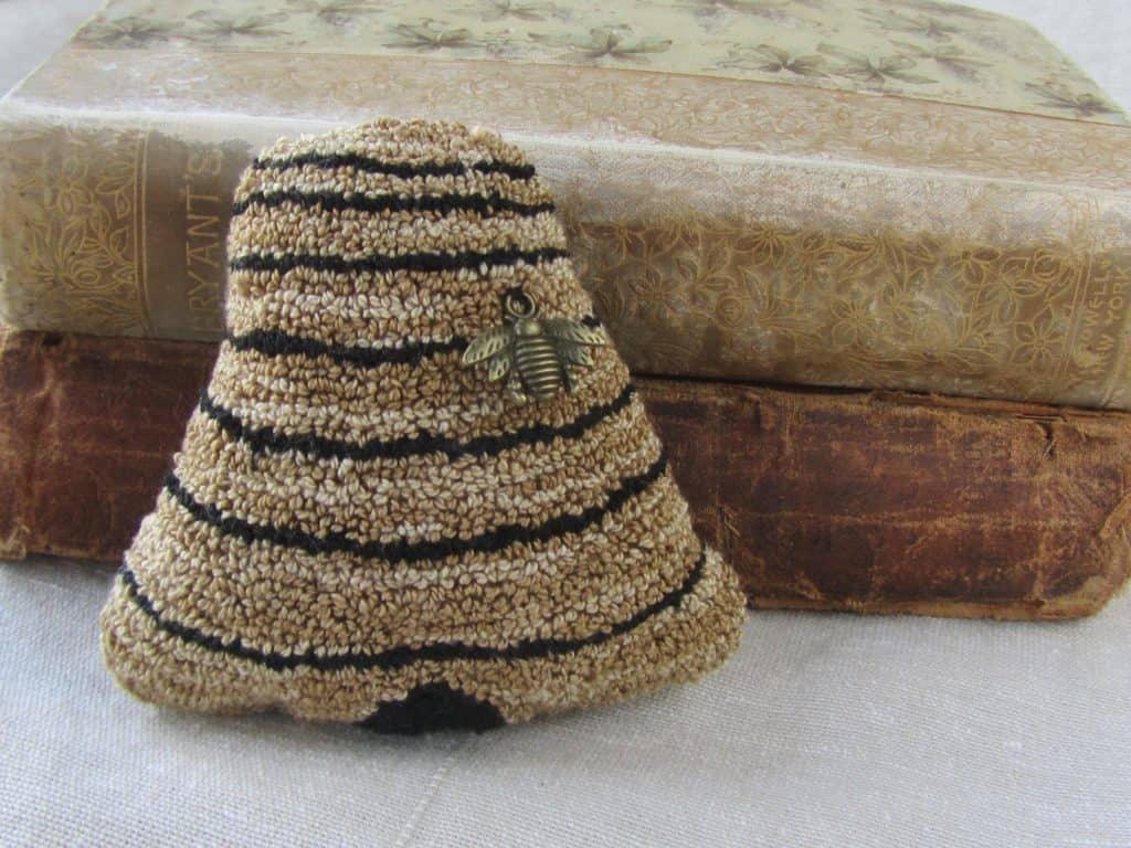 Bee Skep Bowl Filler