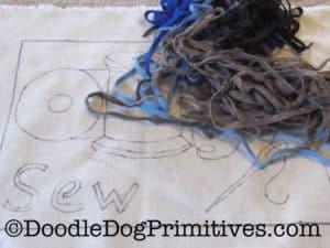 wool worms on rug hooking pattern
